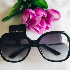 NWT Lucky Brand Beverly Black Sunglasses